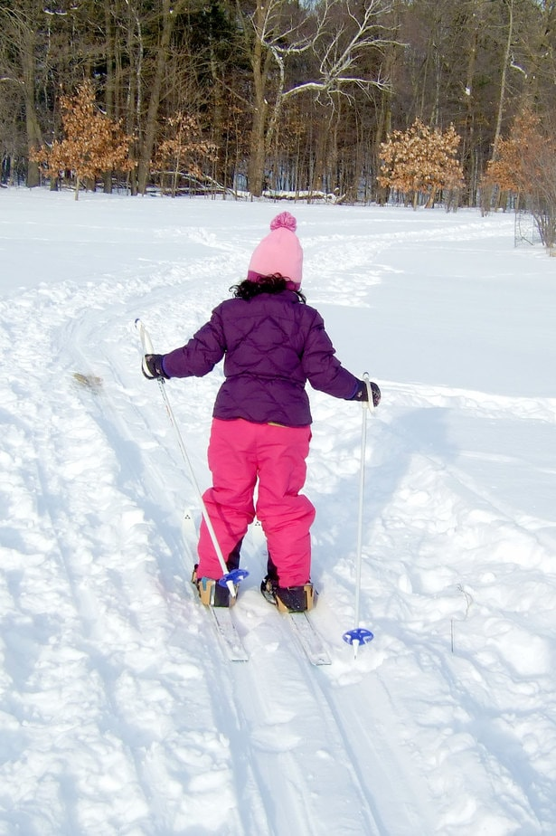 Learn to ski at Osprey Wilds' Winter Family Weekend